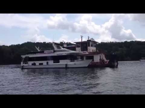 Captain's Choice Barge Houseboat at Panther Cove, Pickwick Lake