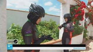 فتيات أفغانيات يواجهن المجتمع عبر ركوب الدراجات