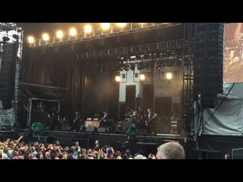 Local Boy In The Photograph - The Stereophonics Live at Edinburgh Castle
