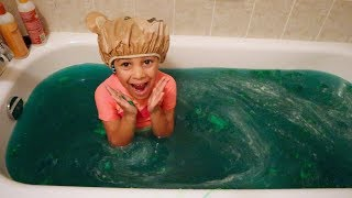 Slime Prank in our Bathtub!