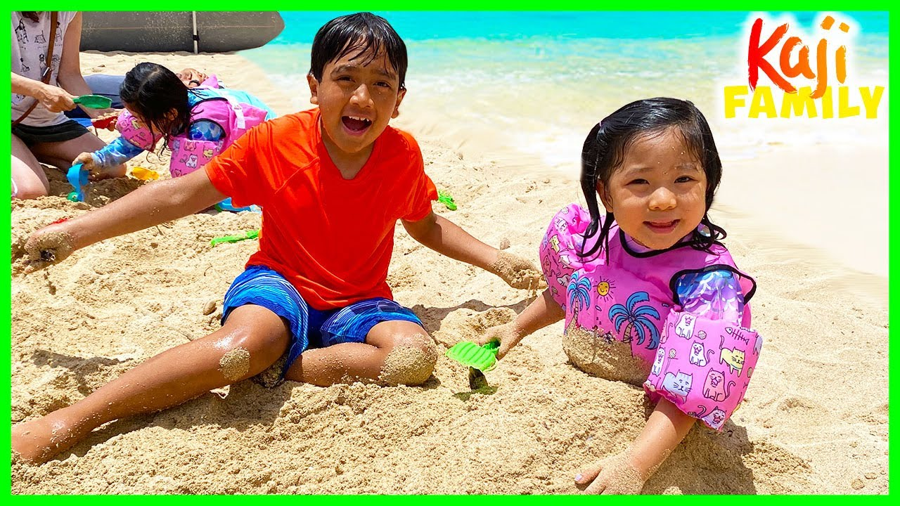 Family Fun Day at the Beach and playing with Sand!