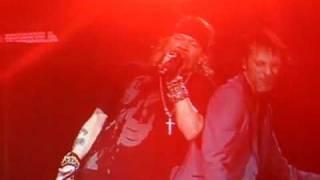 Guns N' Roses - Catcher In The Rye (2010.01.19 Saskatoon w/better audio)