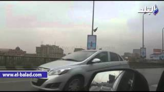 بالفيديو والصور.. أمطار خفيفة بشوارع العاصمة رغم سطوع الشمس