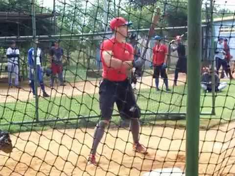 Bateando bigpi Charles Ortiz Outfielder