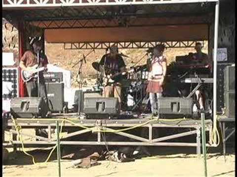 "The Chi Club ""Mr. Hammerhead"" Live at Ranchita Rocks 07"
