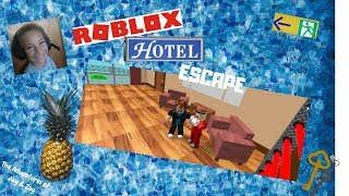 Can Jay ESCAPE the Roblox Hotel?