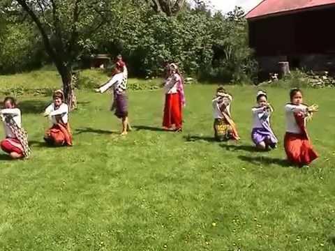 Thai traditional dance at Mariagården in Stenungsund, Sweden 2005.