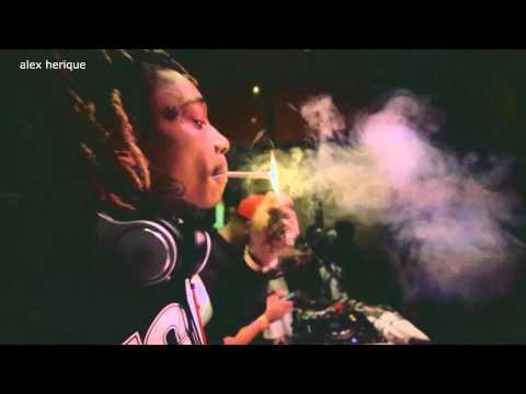 Wiz Khalifa - Burn Slow ft. nao oficial.