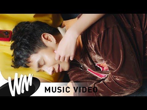 โทษที่เอาแต่ใจ (sorry) - เป๊ก ผลิตโชค [Official MV]