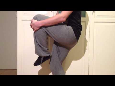 Etirer les cuisses exercices d 39 tirement des cuisses for Etirement cuisse interieur