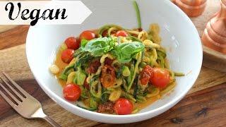 Zucchini Nudeln mit cremiger Tomatensoße VEGAN | #yummypilgrim
