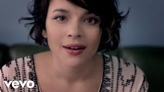 Watch Norah Jones Chasing Pirates video