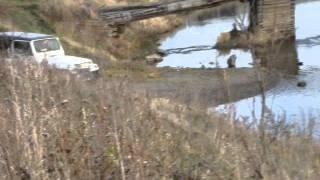 Скачать Jeep Wrangler в реке