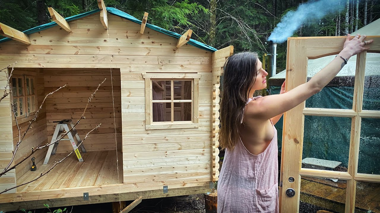 TIMELAPSE - DIY Log Cabin with Mini Wood Stove - Start to Finish