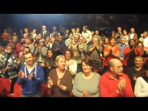 Quand le public de Gospel Praise Family donne tout ce qu'il a  à la Halle aux Grains ...!