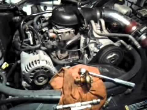 Thermostat replacement in the s10, 43 - YouTube