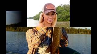Девушки на рыбалке (Fishing girls).
