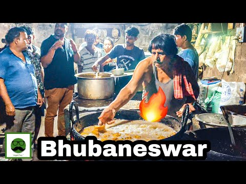 Bhubaneshwar Food Tour With Veggiepaaji
