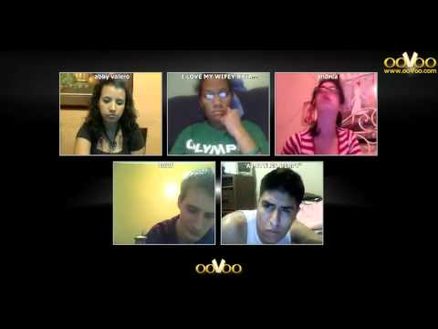 We have fun a group chat wit deaf on ooVoo 12 way people, that's enjoy!
