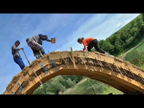 Die Brücke aus Stroh
