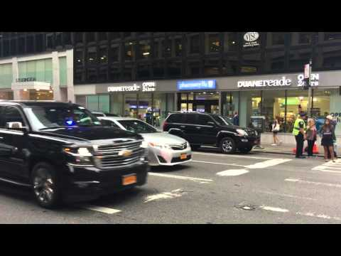 NYPD & UNITED STATES SECRET SERVICE ESCORTING DIPLOMATIC MOTORCADE ON EAST SIDE OF MANHATTAN, NYC.