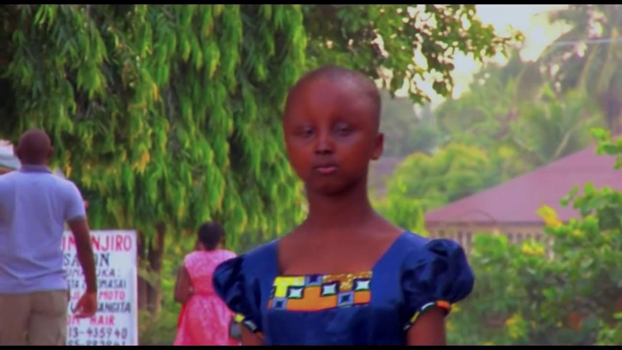 Download Miriam Thomas Chirwa Yesu Utembee Nami ( Official video )