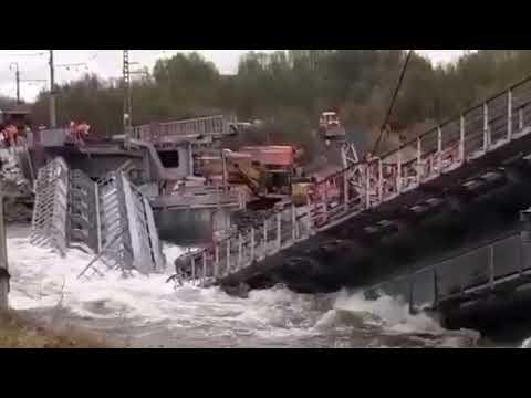 Под Мурманском смыло ж/д мост