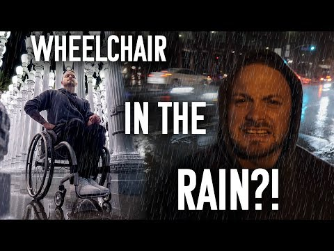 WHEELCHAIR IN THE RAIN?! - Petersen Automotive Museum Vlog
