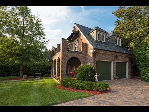 Custom Builder's Home In Charlotte, North Carolina