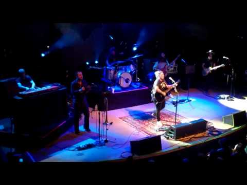 Elle King - Folsom Prison Blues - Live in Denver