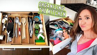organizing my kitchen again... cause i can't keep it clean