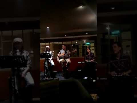 D'SAINT Band Live At Verwood Hotel ( Dont Forget To Remember )