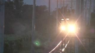 フジテック前駅 フジテックラッピング電車入線