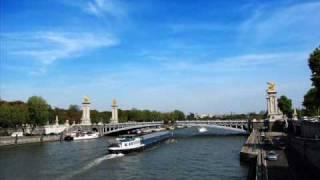 Yves Montand Sous le ciel de Paris Video