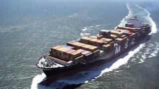 Container Ship entering the San Francisco Bay