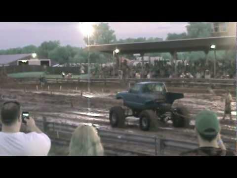 Fastest Mud Bog At The Wayne County Fair