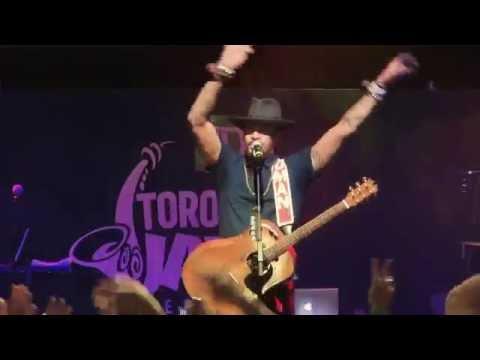 Michael Franti & Spearhead - Hey Hey Hey & The Sound Of Sunshine - Live Toronto Jazz Festival 2016