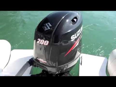 Suzuki Marine e Jocker Boat Clubman 28 con il joystick Optimus 360