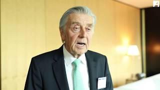 """""""Repräsentatives Dateneigentum"""" - Interview mit Prof. Dr. Karl-Heinz Fezer"""