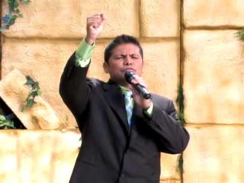JESUS ES LA VICTORIA. FELIPE GARIBO MP4 - YouTube Felipe Garibo