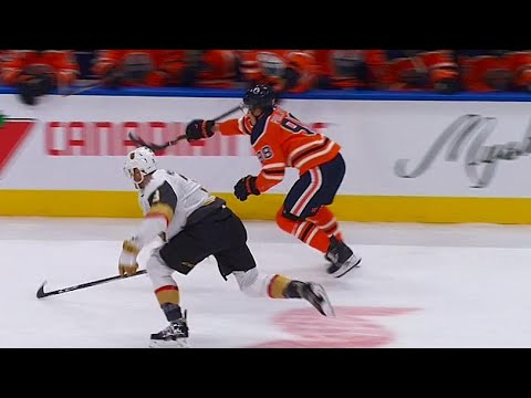 No stick, no problem for Oilers