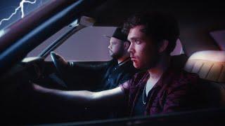 Смотреть клип Royal Blood - Trouble'S Coming