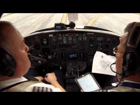 Citation V take off San Francisco - cockpit view with ATC!