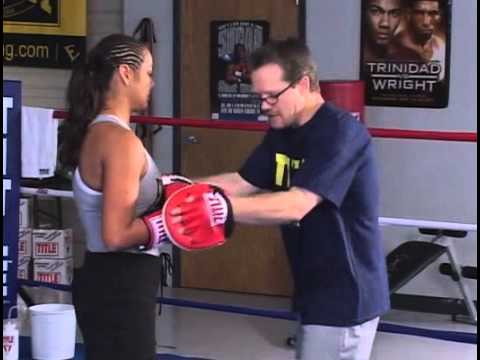 Freddie Roach teaching boxing basics - Manny Pacquiao's trainer talks footwork, punching, padwork