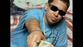 Kafu Banton ft De la Ghetto - Dicen que son Badman.wmv