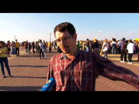 Видео: Флешмоб 300 танцевальных движений ТК Первый городской