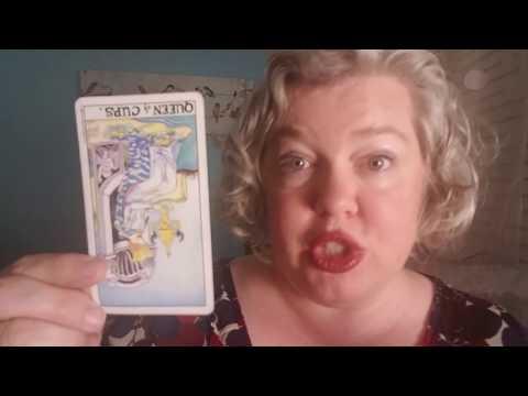Thursday Card: Queen of Cups