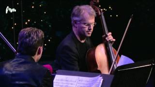 Play Piano Trio No. 3 in G minor, Op. 110