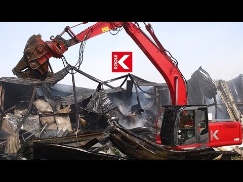 KOOLE assists fire department in clearing burned warehouse Hillegom