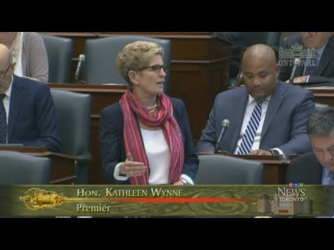 Ontario College Strike - Day 2 - Premier Wynne respects collective bargaining process - October 2017